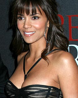 No Baby Bump for Halle Berry