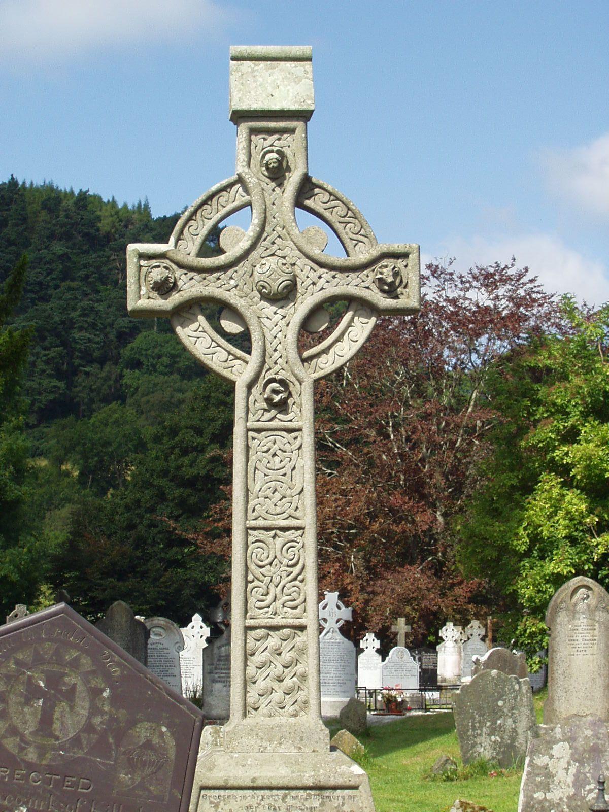 celtic cross, glendalough, wicklow mountains