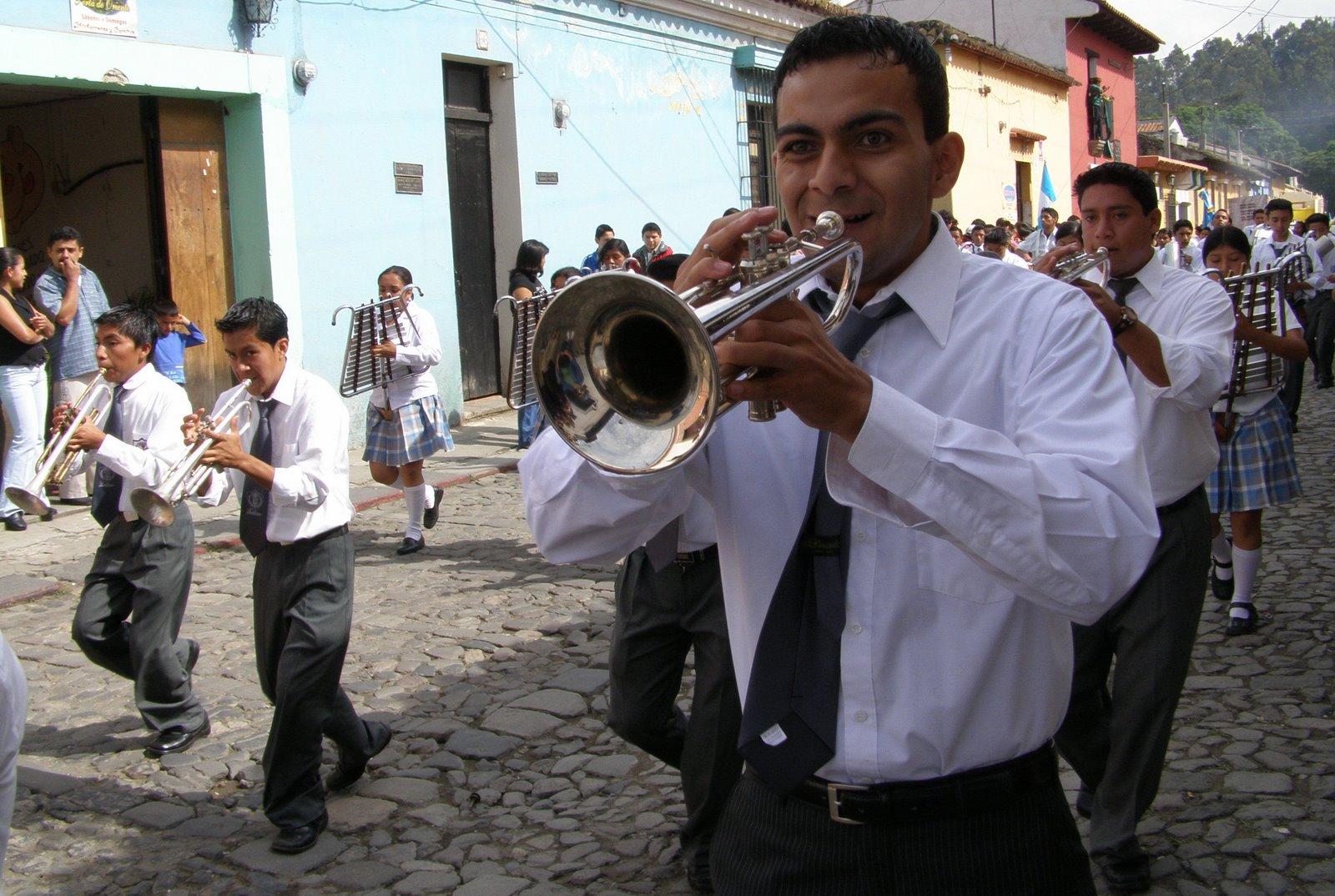 parade, la antigua guatemala