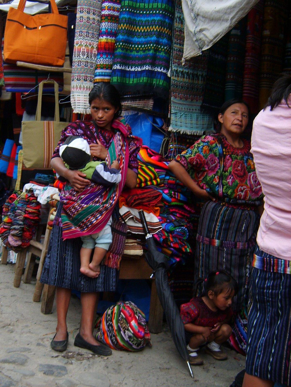 mayan woman chichicastenango