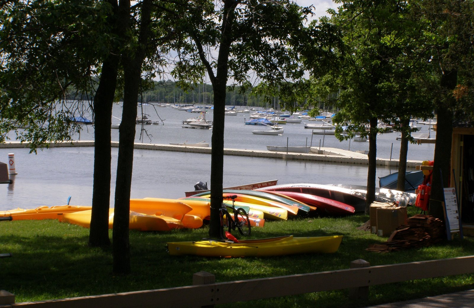 kayaks, lake harriet, minneapolis