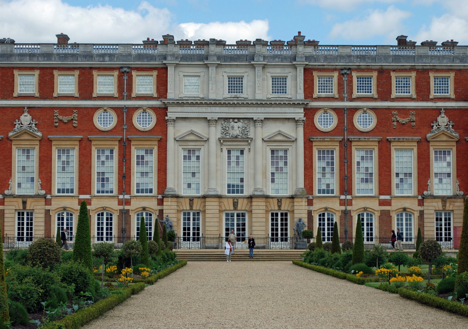 hampton court palace, king's state apartments