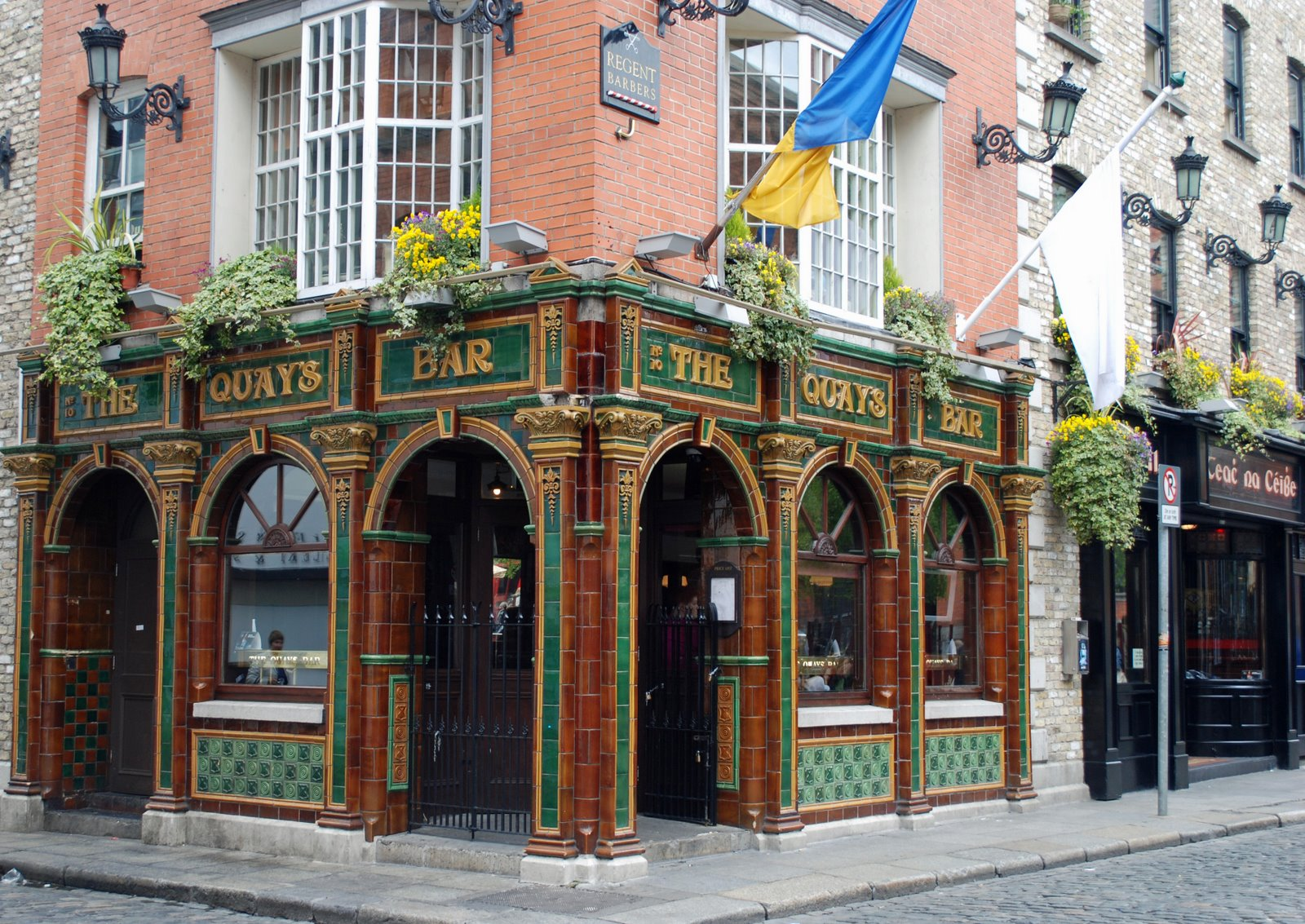 quays bar, temple bar, dublin