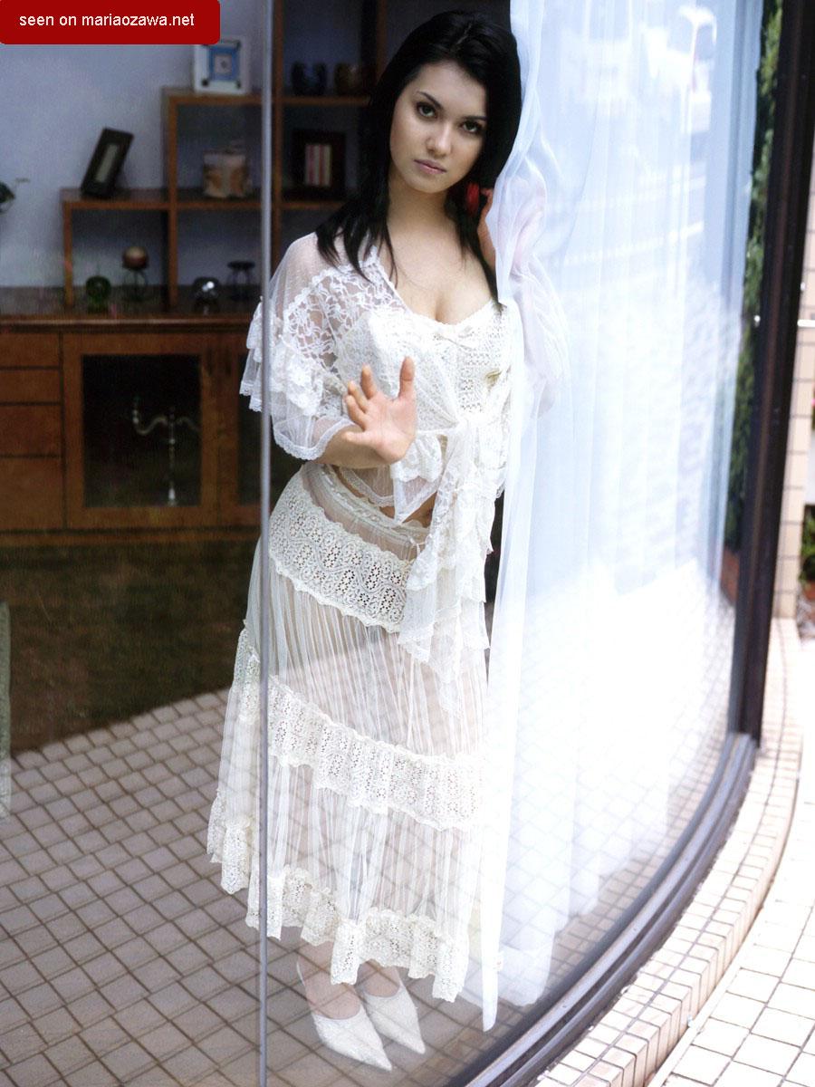 Maria Ozawa Santun