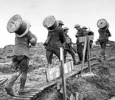 first world war weapons. world war 1 weapons