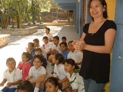 """La Maestra Angélica y su grupo 4º """"A"""""""