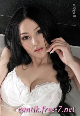 chang Xin Yu nude bugil