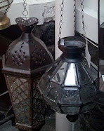 Looking for antique lamp? Cari lampu antik?