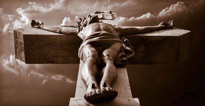 imagenes de jesus crucificado. el árbol de la cruz,