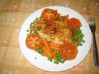 Entre pucheros y sartenes pescado con verduras al microondas - Cocinar pescado microondas ...