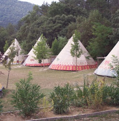 L'Arcada Camp in Northern Spain (click photo for their web page)