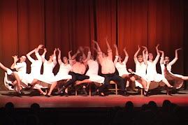 """""""Too darn hot"""" coreografía de K.Roldán"""
