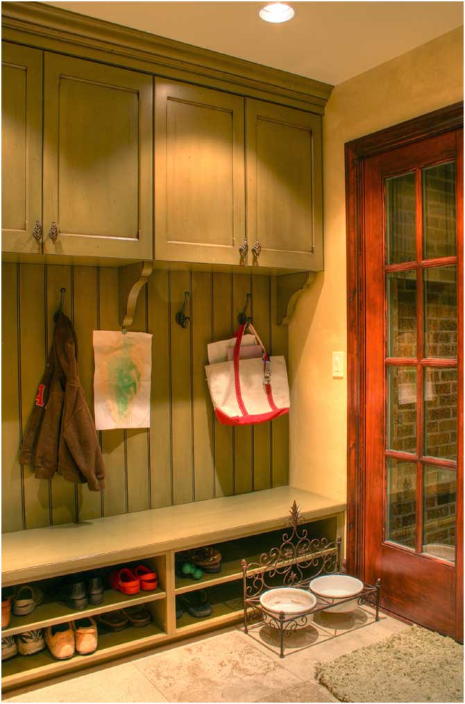 SWEET HOME DESIGN AND SPACE More Mudroom Design Gallery