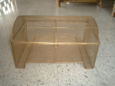 pet cage offered up for freecycle