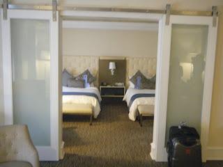 Carlton Hotel Guestroom