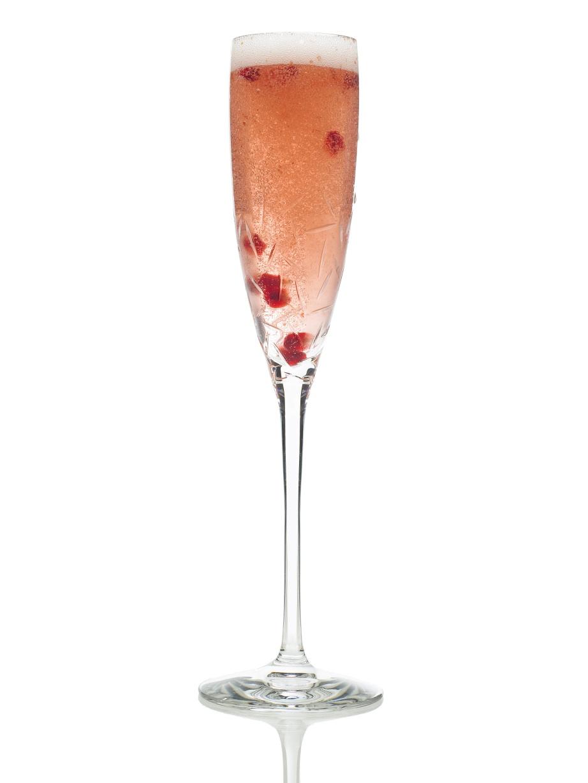 December 2010 jet set girls for Cocktails made with champagne