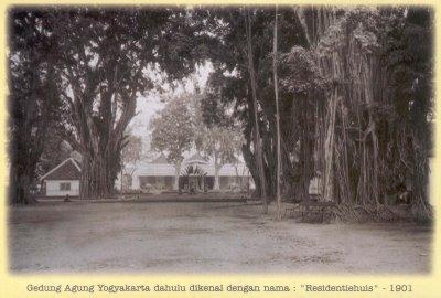Gedung Agung tahun 1901