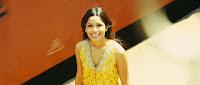 http://1.bp.blogspot.com/_4erDbmLhacs/SzK_UjDCT4I/AAAAAAAAD50/lqSeqc_54b4/s320/Slumdog.Millionaire.20082.jpg
