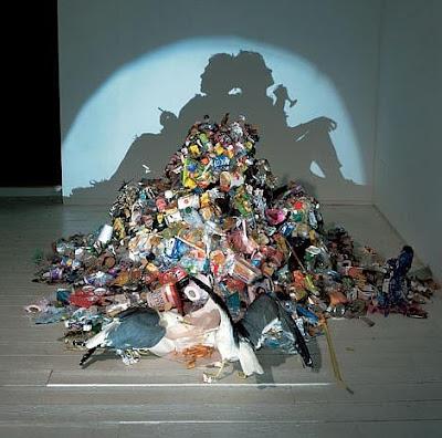 beberfumar Arte con las sombras de basura