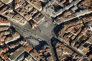 Vue aerienne place de la Victoire a Bordeaux