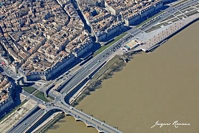 vue aérienne du chantier de la maison éco-citoyenne de Bordeaux