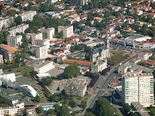 photographie aérienne de Merignac en Gironde en 2002