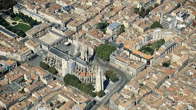 Vue aérienne de la Place Pey Berland à Bordeaux