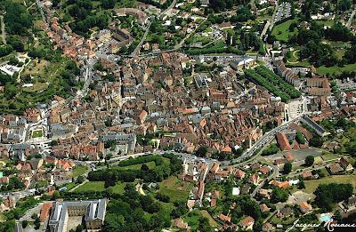 Vue aérienne de la cité de Sarlat