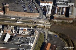 Vue aérienne des écluses et du pont tournant de Bordeaux