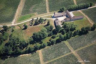 Vue aérienne du château Villa Bel Air à Saint Morillon