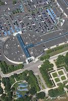 vue aérienne centre commercial des Rives d'Arcins