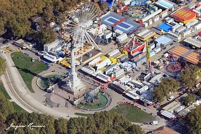 photo aérienne de la Foire aux plaisirs Place des Quinconces
