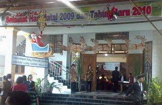 gereja kristen jawa: dekorasi natal 2009