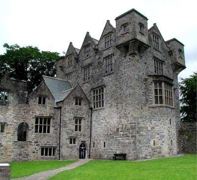 [FC] Academia Chateau d´la Rose. Donegal-castle