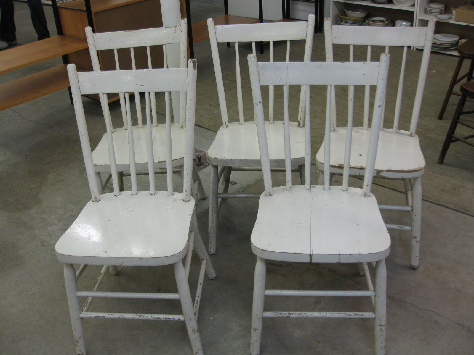 RAZMATAZ A Family of White Farmhouse Dining Chairs