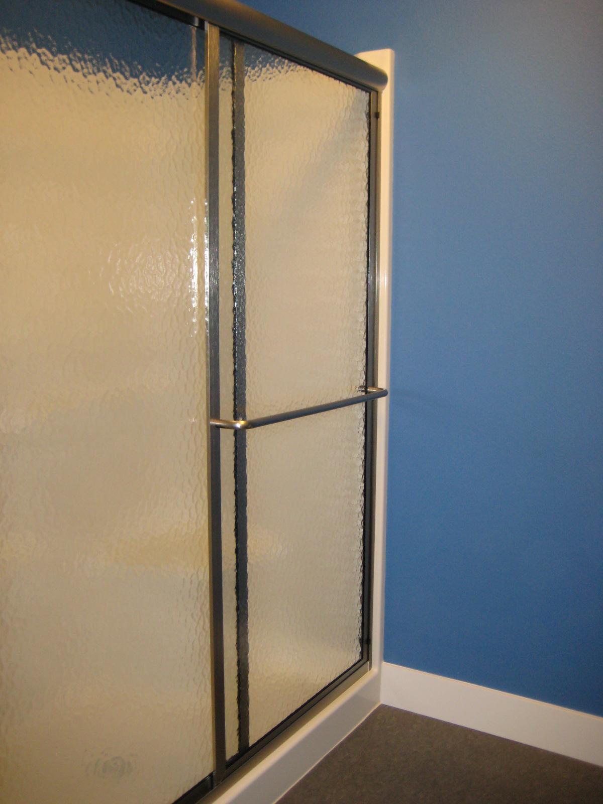 how to move stuck glass door