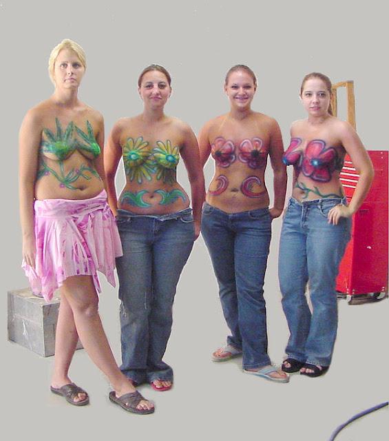 Popular Woman Body Painting