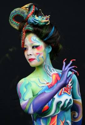 hoalloween body painting