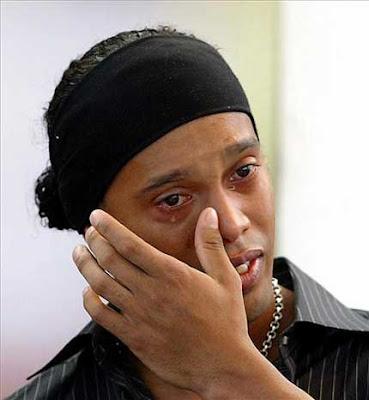 Ronaldinho emocionado