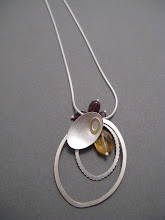 Oval leaf & loop pendant