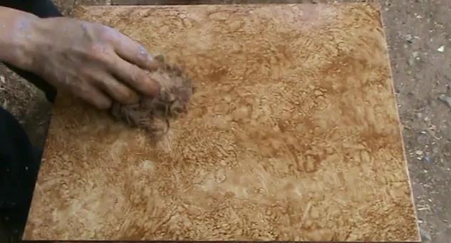 Decoraciones manualidades en madera abril 2010 for Como pintar imitacion piedra