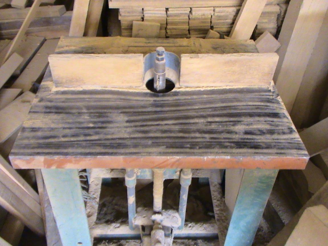Decoraciones manualidades en madera maquinas para empezar for Hacer una mesa con una puerta