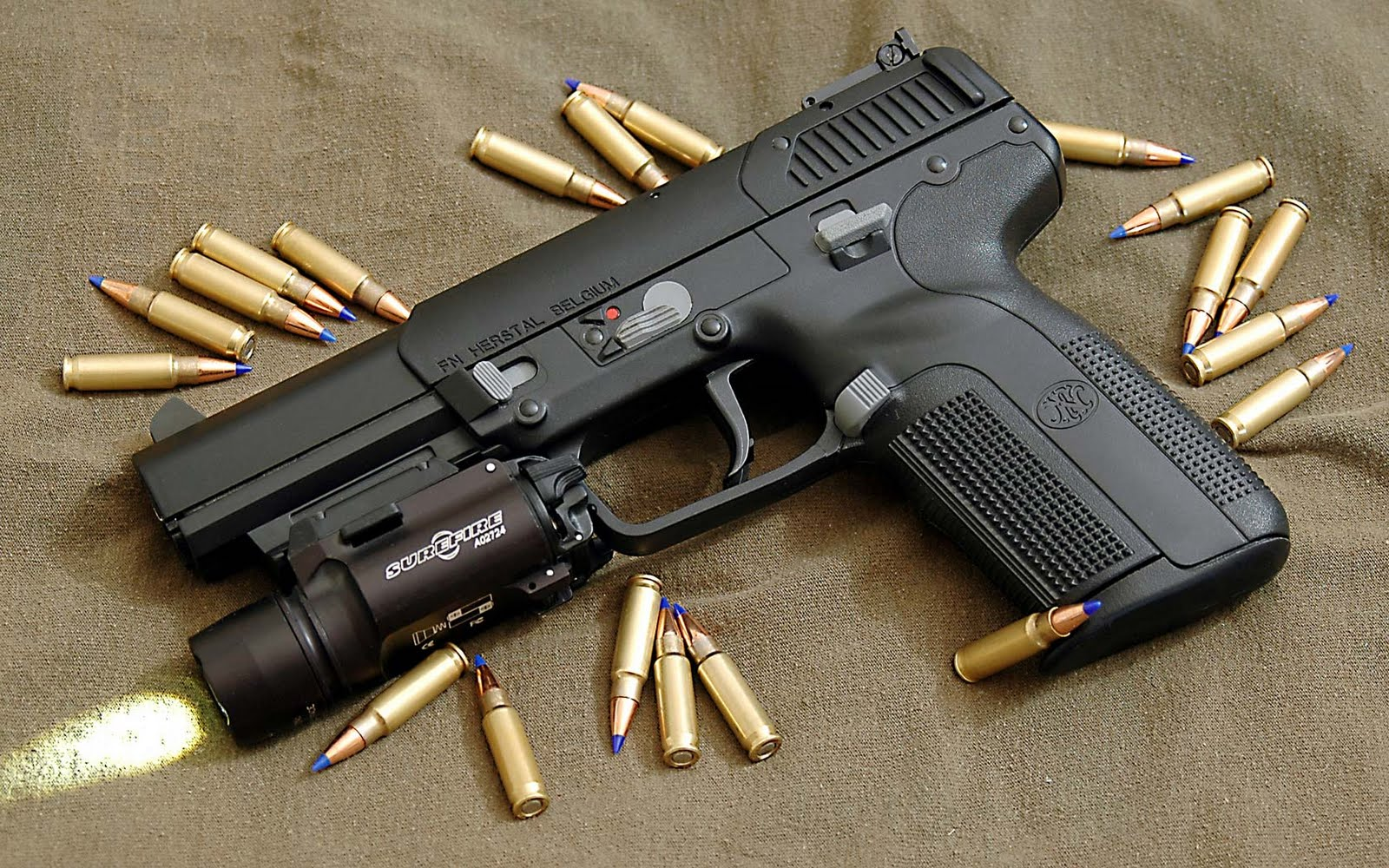 Pussy Penetration By Gun Barrel