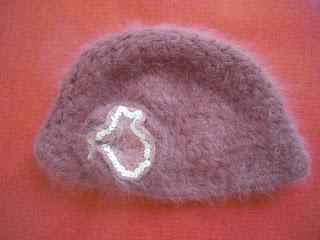 bonnet laine angora rose