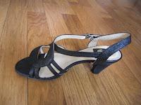 sandales noires talons brides