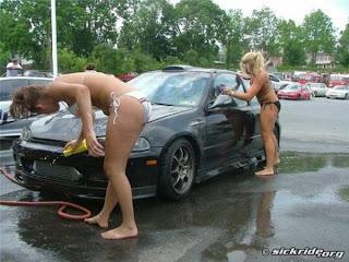 เห็นแล้วอยาก ล้างรถ (Bikini Car Wash)
