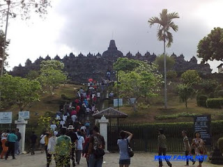 borobudur indonesia tour