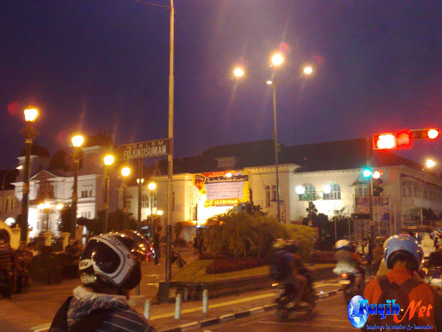 Jogja Night Life Pictures