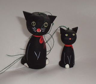 wooden black cat christmas ornaments from sweden c1955 - Black Cat Christmas Ornament