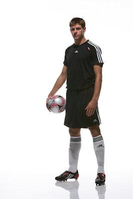 Steven Gerrard: Adidas